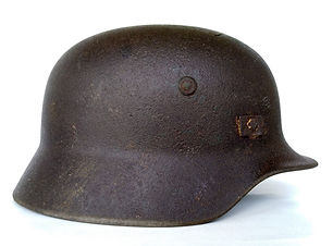 casco M35 polonia c.jpg