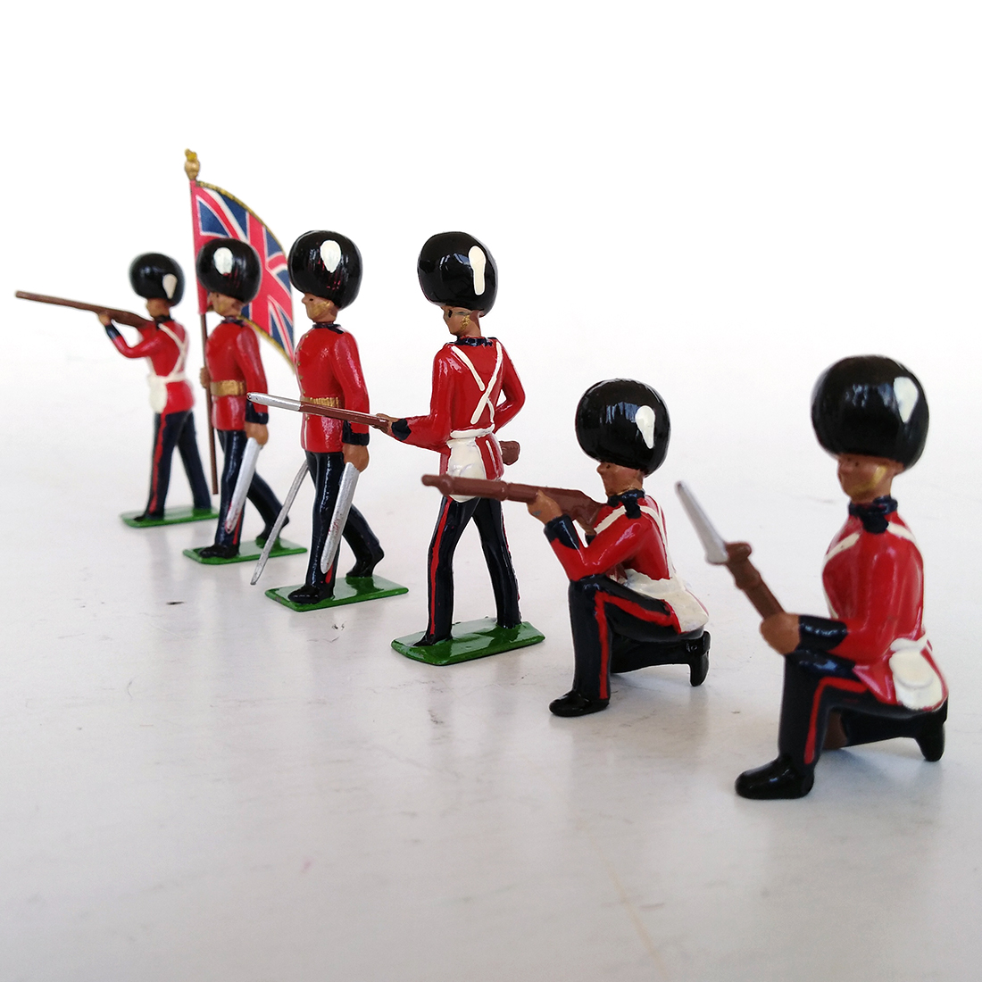 britains 8810 grenadier guards