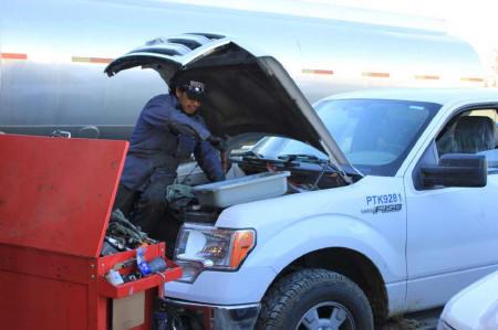 diesel_pickup_truck_repair__small.jpg