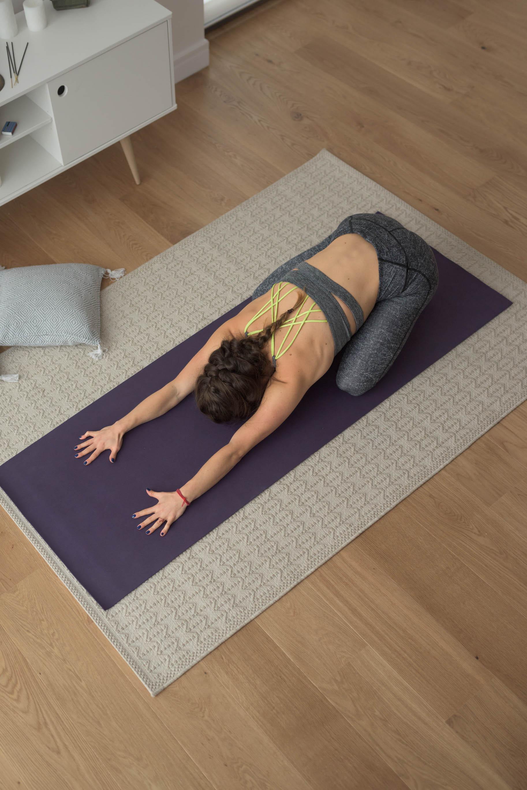 Online Yin Yoga with Oana