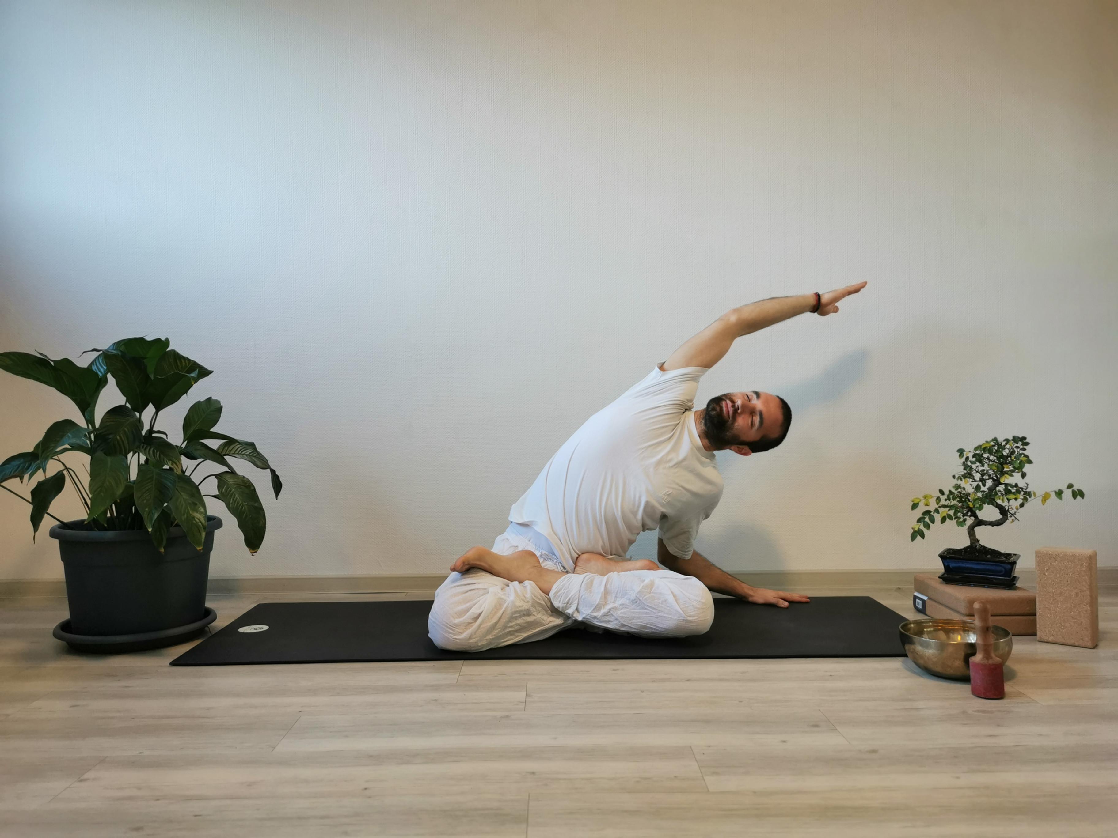 Online Hatha Yoga with Samuel