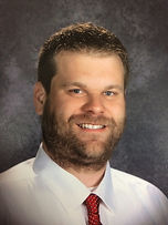 picture of Choir director Dustin Moe