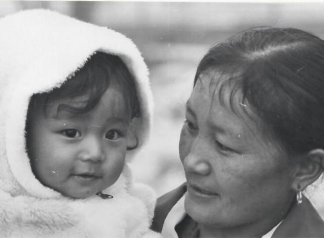 Dawa Narongsha with mother (Montreal, QC).