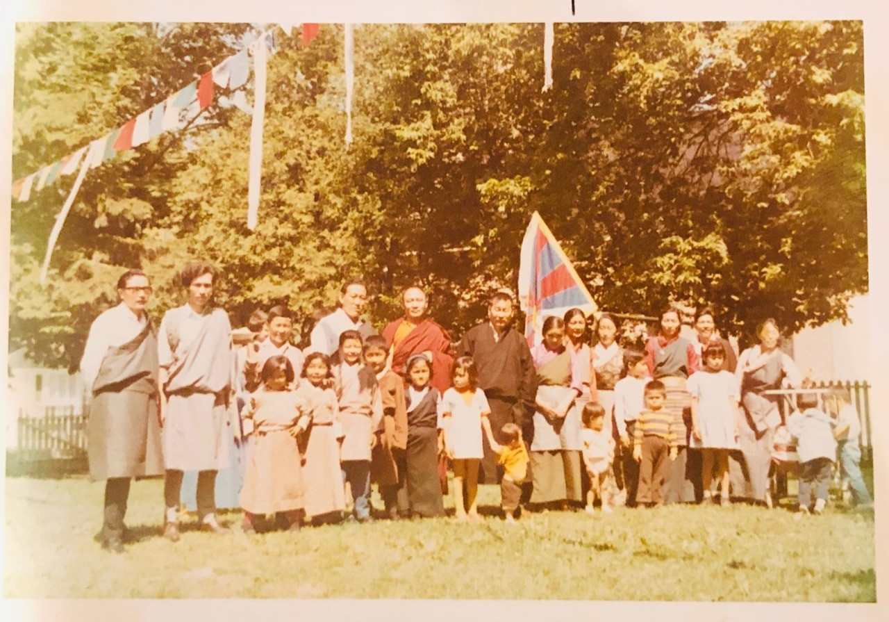 Early Canadian Tibetans enjoying an afternoon in the backyard of a home in Lindsay, Ontario.    23/24