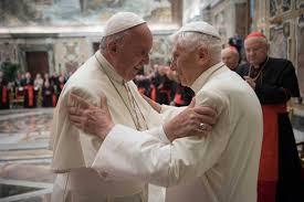 Dois Papas: uma apreciação melhorada