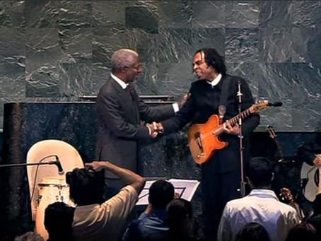 Gilberto Gil na ONU em 2003 encanta o mundo
