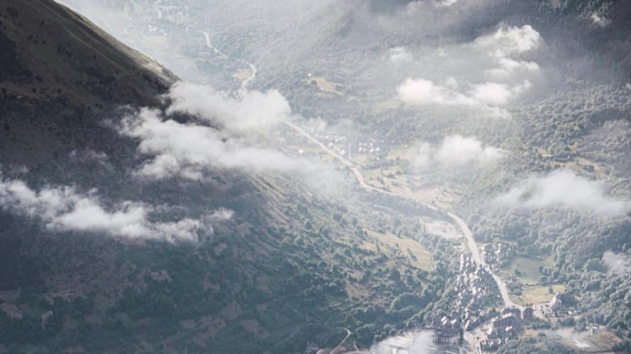 Vista de Vielha desde el Montcorbisón