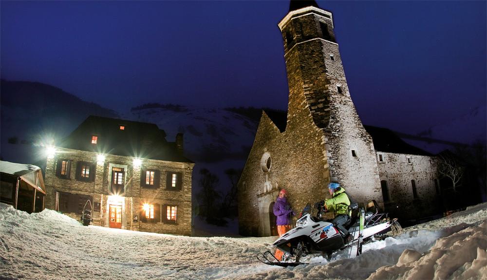 Moto de nieve a Montgarri