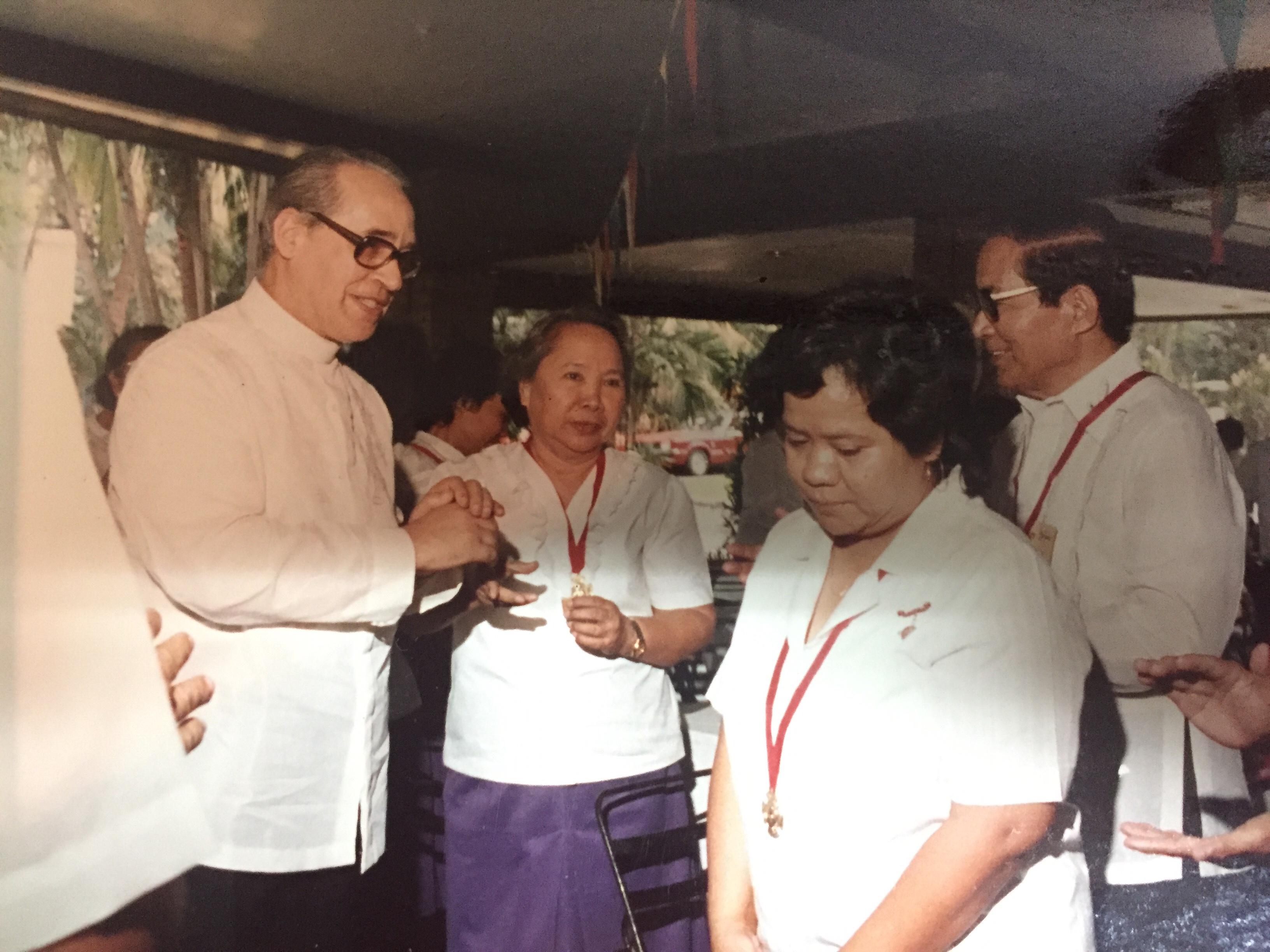 Visita a Filipinas