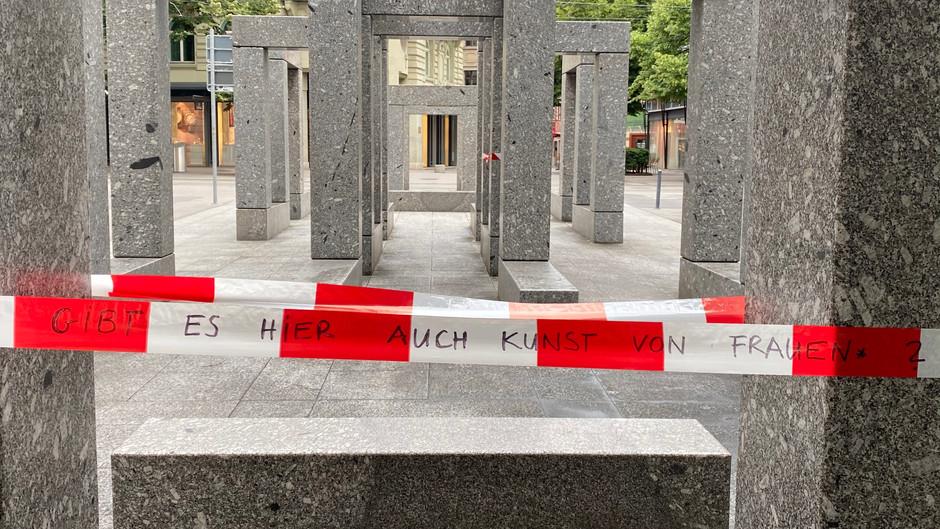 Tackling Women's Representation in Zurich's Art World via an Anonymous Instagram Account