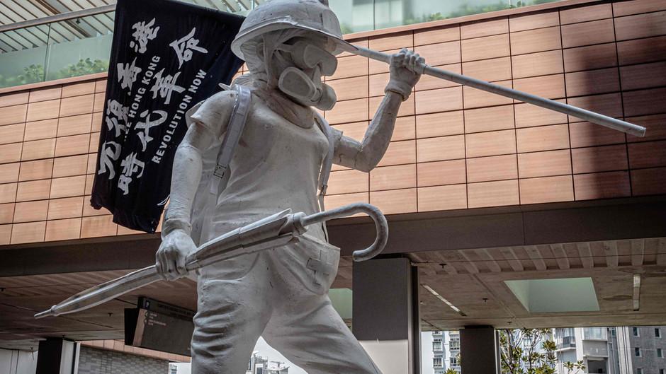 """Add Oil!"": Street Art On The Hong Kong Frontlines"