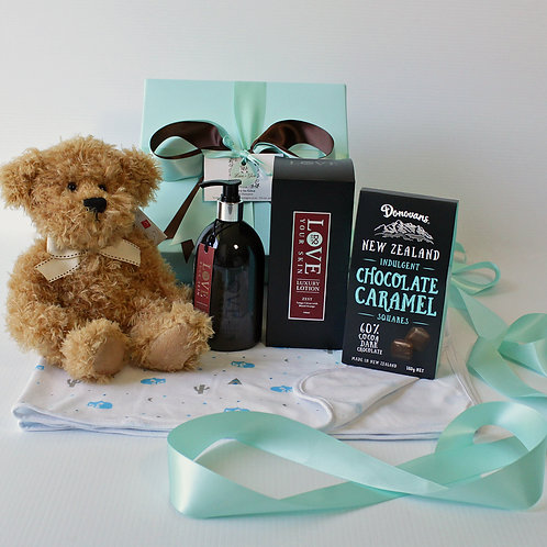 baby gifts, baby gift basket, baby gifts Orewa, baby boy gift basket Orewa, baby and new mum gifts Orewa