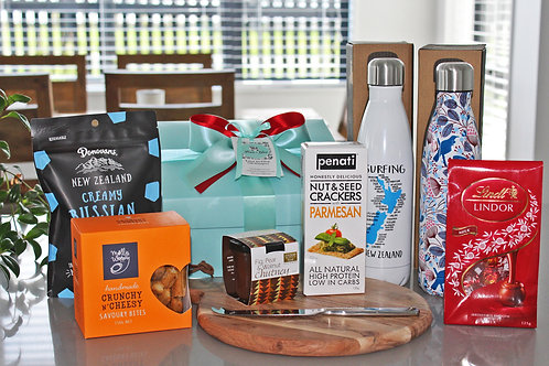 Xmas gift hamper with cheese board, chutney, savoury snacks, fudge, chocolates, 2 stainless steel drink bottles