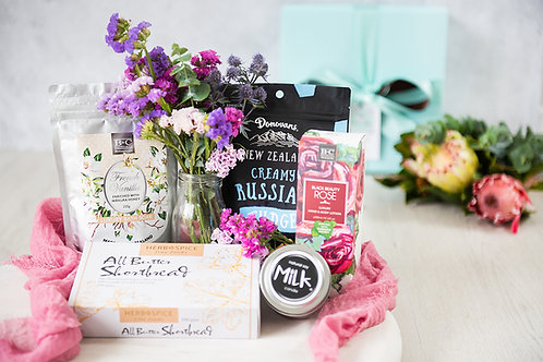 Black Beauty Rose Gift Hamper