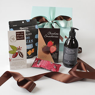 Love to give gift hampers gluten free gifts auckland gluten free skincare for men price 7000 womens gift baskets negle Gallery