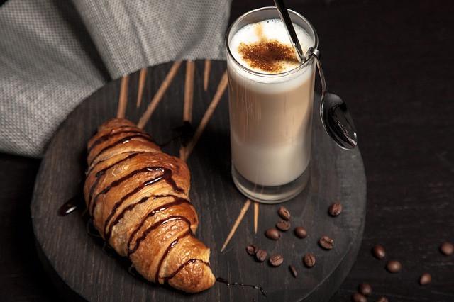 breakfast-2178268_640.jpg
