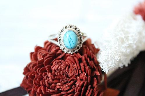 Anillo artesanal de plata 925 con piedra turquesa