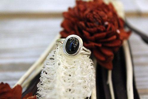 Anillo artesanal de plata 925 con piedra onix
