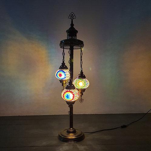 Lámpara de pie con 3 globos del tamaño 2