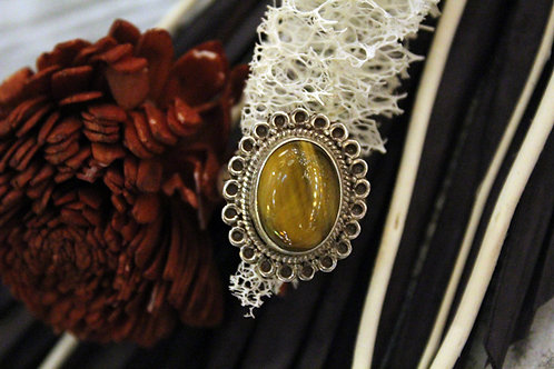 Anillo artesanal de plata 925 con piedra ojo de tigre