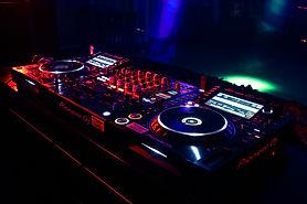 Pioneer CDJ 2000Nxs2 & DJM 900Nxs2