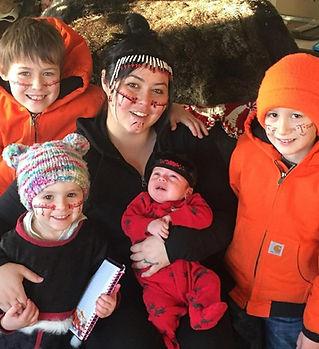 Hanna Sholl and her children.jpeg