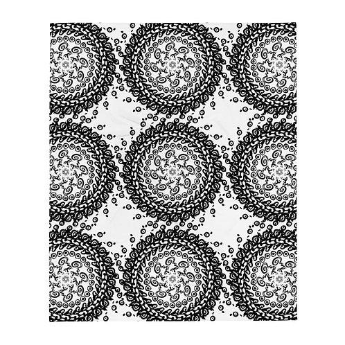 Design, iquinani, throw, black & white