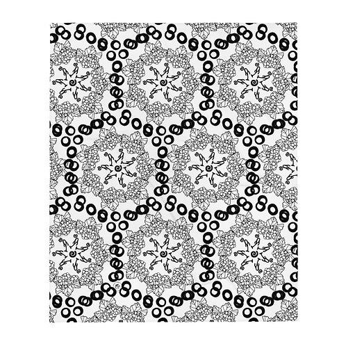 iquinani, design 3, white & black