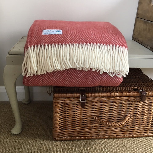 Cranberry - Pure Wool Throw