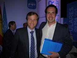 Con el candidato de Boadilla