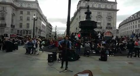 enjoying London.mp4