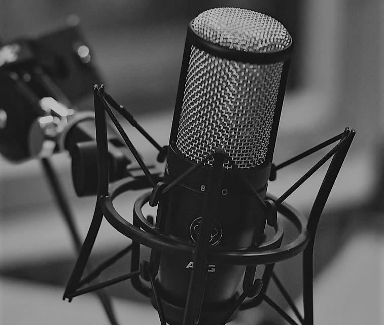 Podcast, sai cosa sono? curiosità sui podcast, dove e quando hanno fatto le loro prima comparse