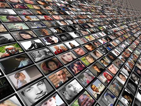 Hai un'azienda? Non sottovalutare la potenza persuasiva dei social network! Non restare indietro!