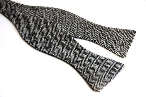 Crag Herringbone Tweed 'Gentleman' Bow Tie