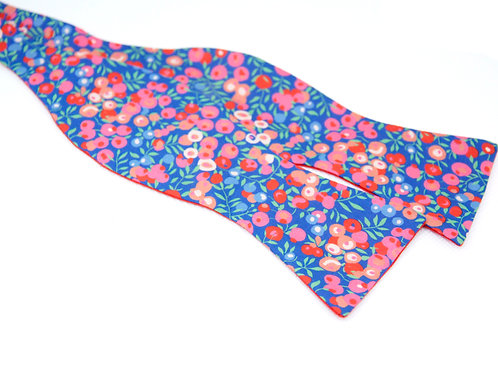 Red Berries Liberty Print 'Gentleman' Bow Tie
