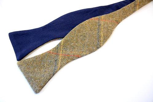 'Kestrel' Tweed 'Gentleman' Bow Tie