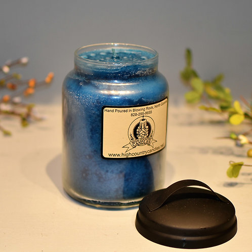 Clover and Aloe 26 Oz Jar Candle