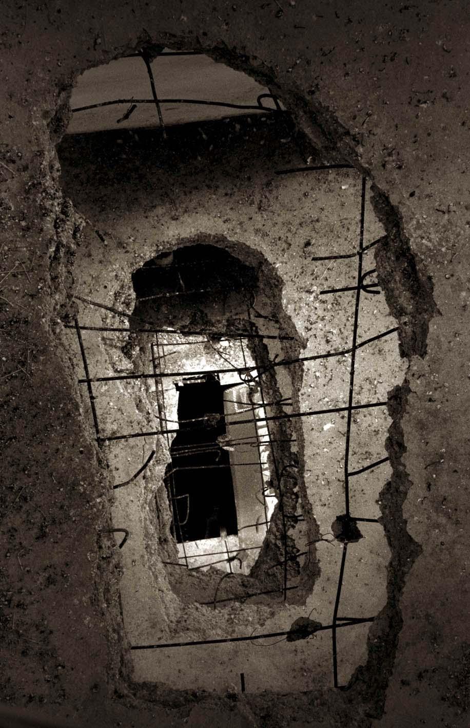 Footprint, 2002, 27.5'' x 41''