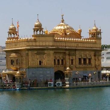 אמריצר הודו מקדש הסיקים טיול מאורגן