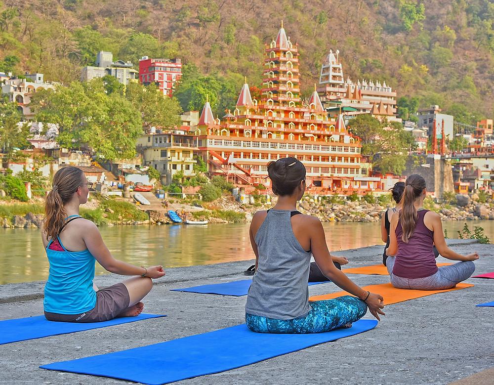 מדיטציה ויוגה ברישיקש שבהודו