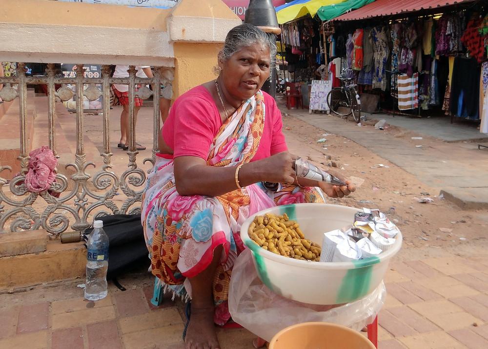 בוטנים בשוק בגואה