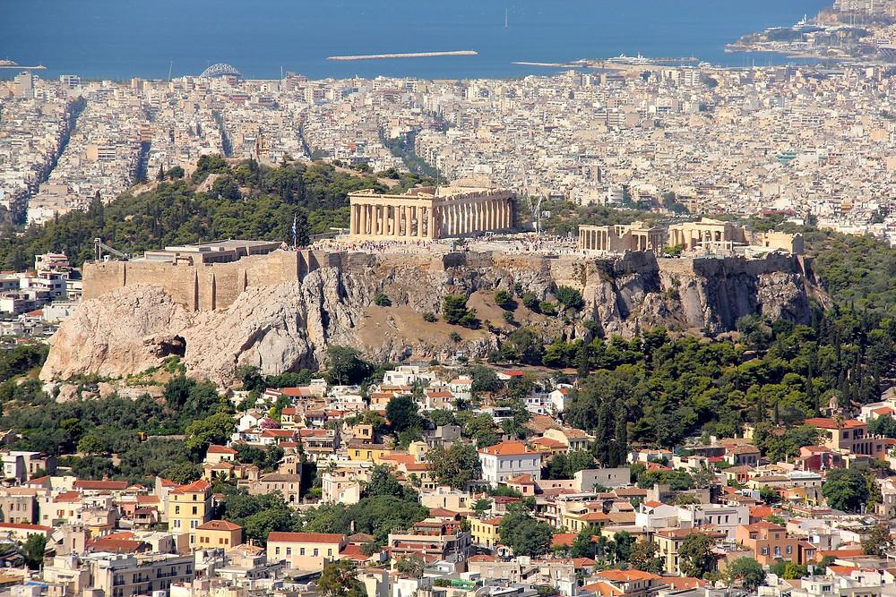 אתונה מבט מהעיר אל האקרופוליס עד נמל פיראוס
