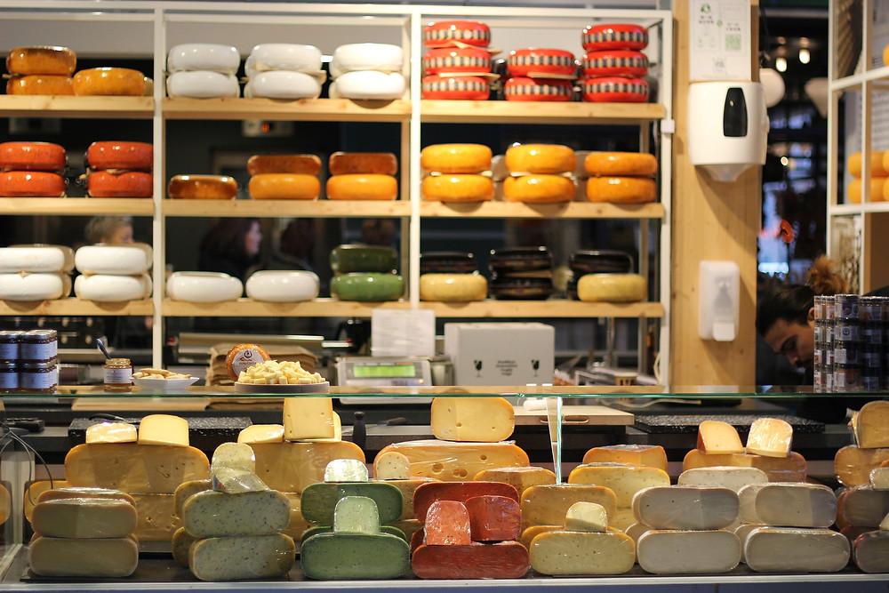 חנות גבינות בהולנד אמסטרדם