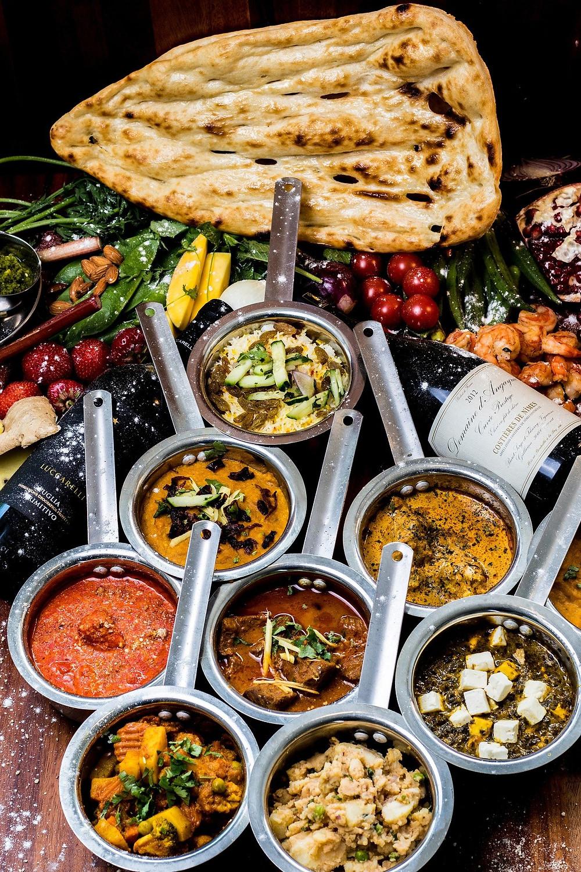 טאלי בדרום הודו , עדשים ירקות ופירות לרוב