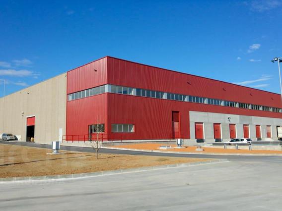 Construcció d'un edifici industrial de 8.000 m² al pol. Ca N'Albareda