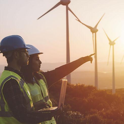 La responsabilidad corporativa es la base de cualquier empresa, por eso velamos por la construcción sostenible y la prevención de riesgos laborales, etc.
