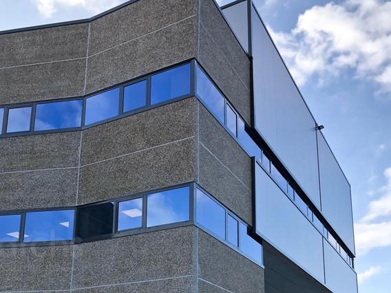 Construcció d'un edifici industrial (2.500 + 800 m²) al polígon Pratenc