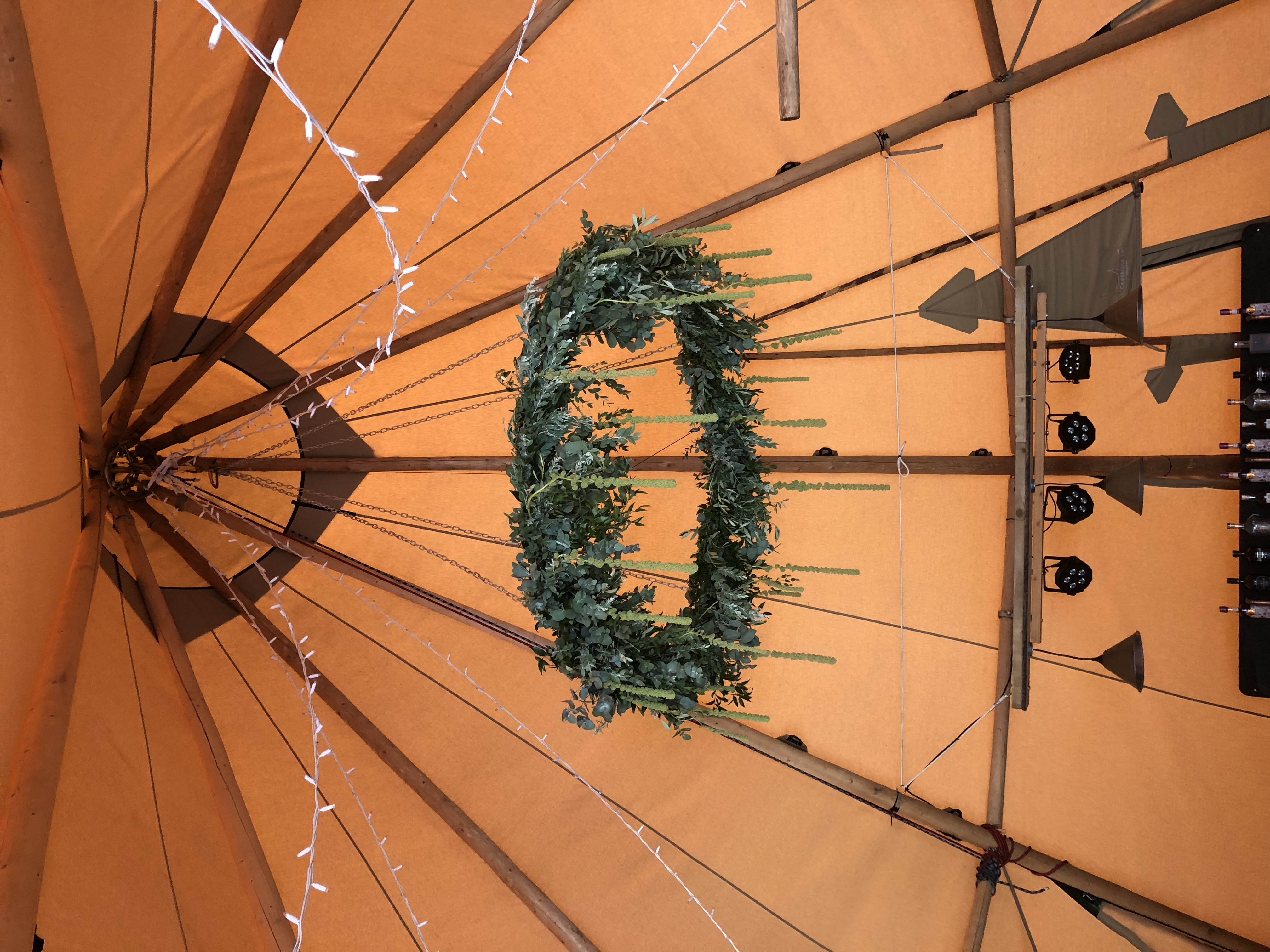 Foliage hoop Tipi Wedding