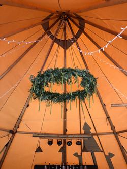 Foliage hoop Tipi Wedding