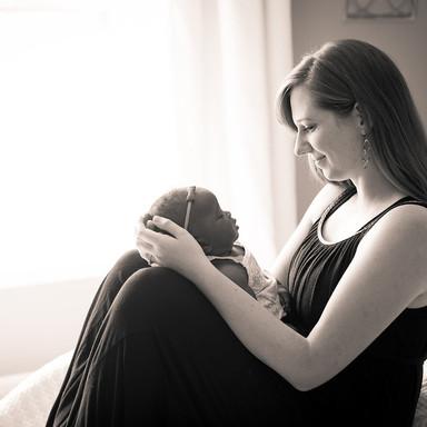 Rachael and Eliza Newborn